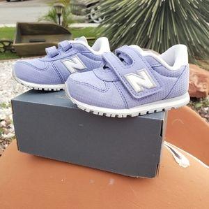 New Balance - Girls 6c Pruple Shoes